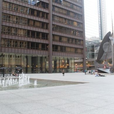 Federal Plaza / Mies