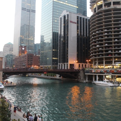 Marina City / Goldberg