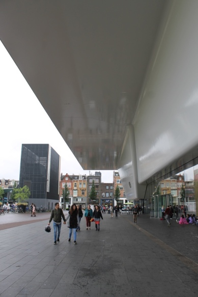 Stedelijk Museum Addition / Benthem Crouwel Architects