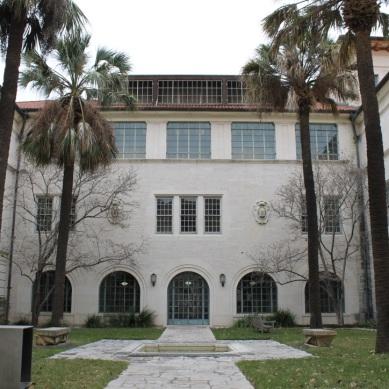 UT Campus - School of Architecture