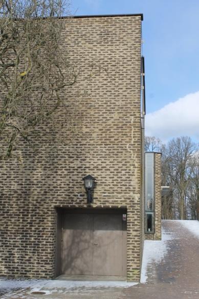 Funeral Chapel/ Bernt Nyberg