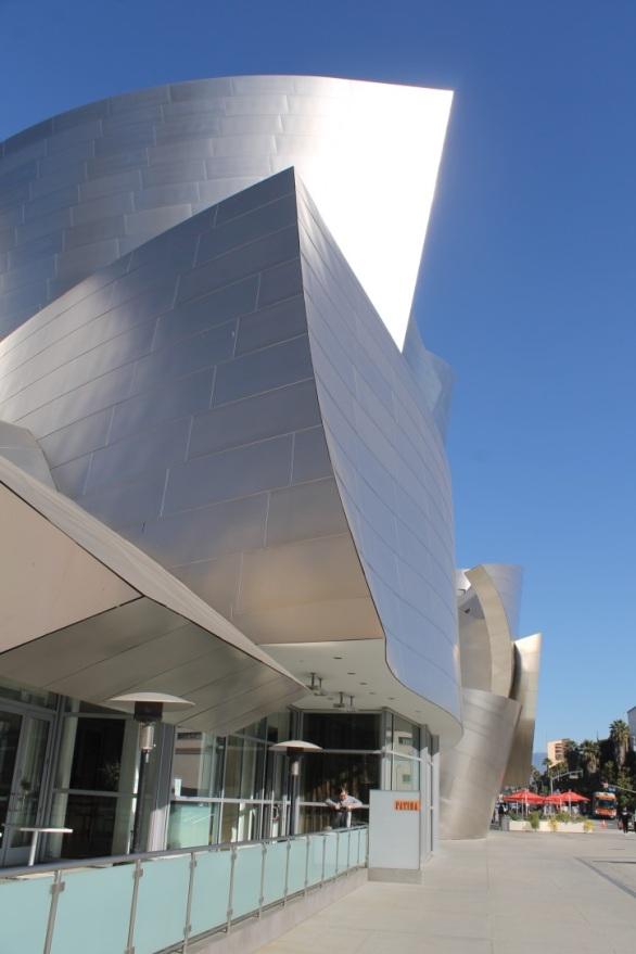 Walt Disney Concert Hall / Frank Gehry