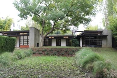 Schindler House and Studio / Rudolph M. Schindler